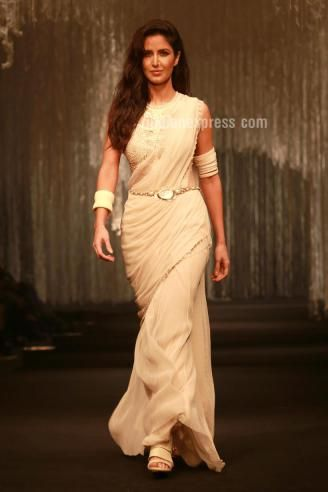 Katrina Kaif, Aditya Roy Kapoor walk the ramp for Tarun Tahiliani