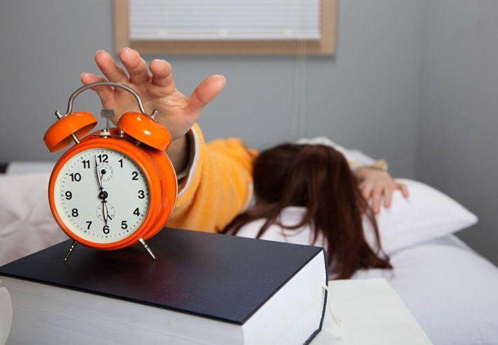 ¿Cómo despertar temprano y además sentirte bien?  | RevistaMoi