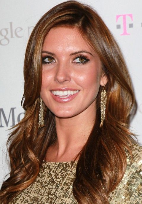 Audrina Patridge Hair Style - Sexy Long Wavy Hairstyle for Women