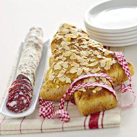 Pane di Natale ai fichi secchi - Ricette delle feste | Donna Moderna