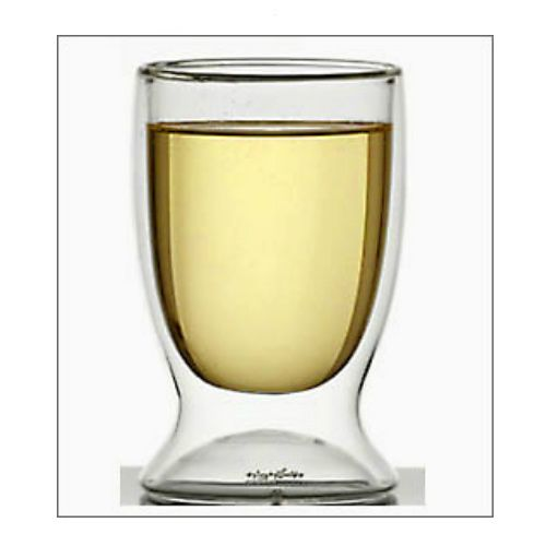This Double Walled 8 oz. Glass mimics the traditional wine glass form but appears as if your wine is floating in thin air. Each glass comes in its very own gift box.