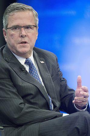 ジェブ・ブッシュ元フロリダ州知事=2014年12月、ワシントン(AFP=時事) ▼2Jan2015時事通信 米大統領選、指名争い本格化=ブッシュ、クリントン両氏軸に http://www.jiji.com/jc/zc?k=201501/2015010200077
