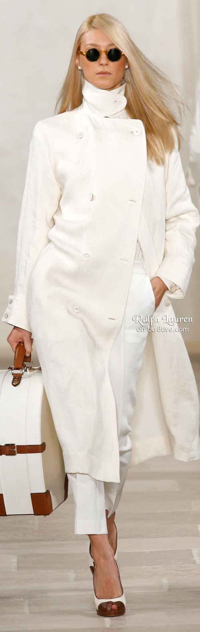 white clothing assembly RALPH LAUREN