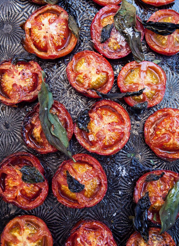 Roasted tomatoes with herbs. This is a recipe for homemade ketchup but I'm posting it because the baking pan in the pic is identical to my mom's. Nostalgic.