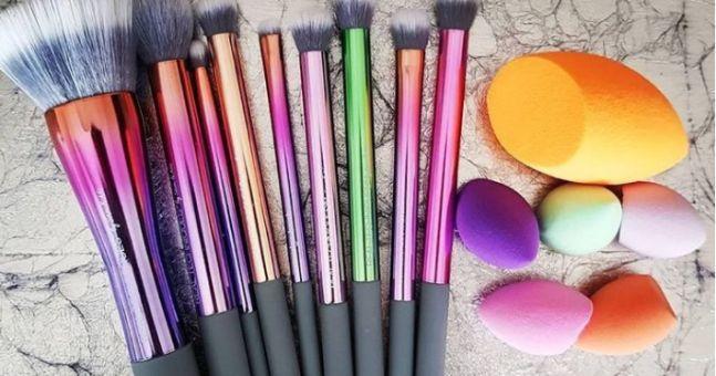 Yep, THAT Real Techniques makeup brush set is now half price - http://somecosmiclove.com/yep-that-real-techniques-makeup-brush-set-is-now-half-price/