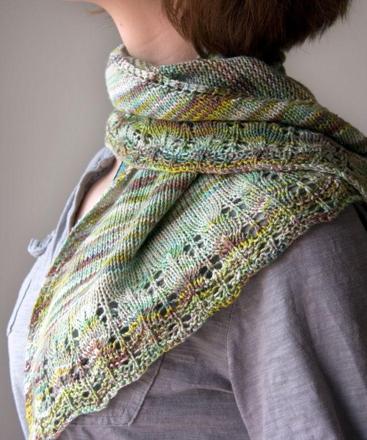 Knitting Yarn Design : Oaklet shawl free pattern tricksy knitter woolly