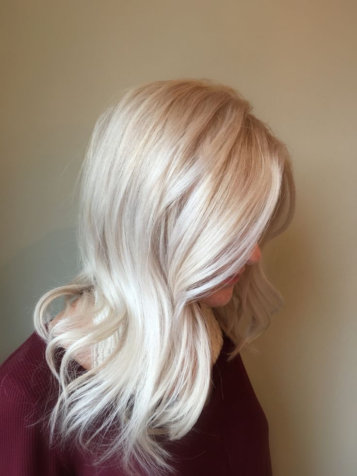 Blonde Hair Trends 2017 Winter White. Pale and cool tones for a stunning platinum blonde. @hairbyalisonv