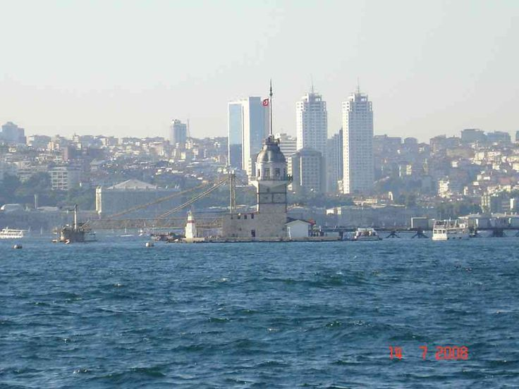 Kız Kulesi, Maiden tower from the ferry
