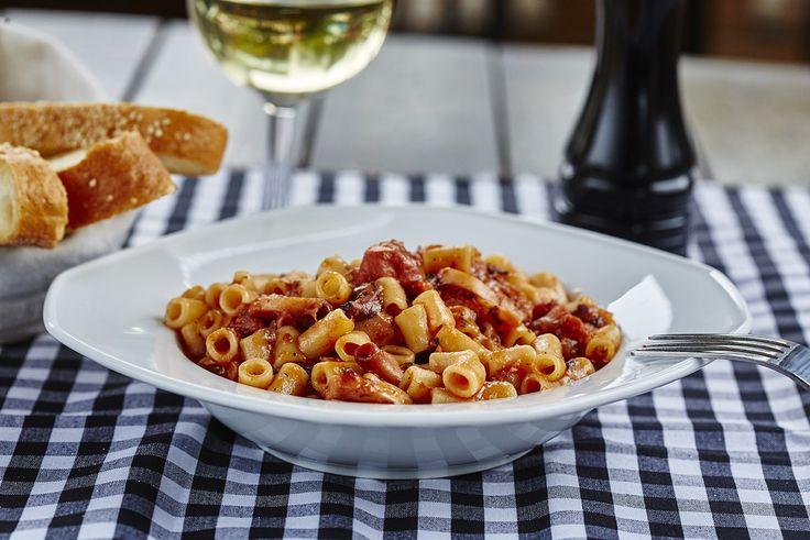 Χταπόδι με μακαρονάκι | Octopus with pasta