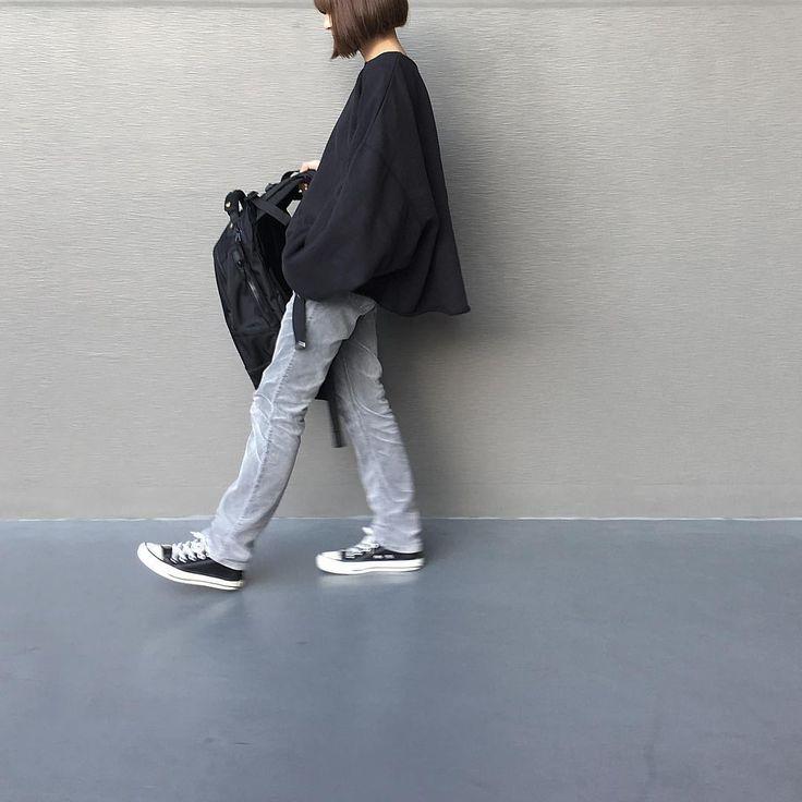 "Reposting @aaraataamaa: ... ""・ ほそコーデュロイ ・ 高校生んときの爆 ・ ・ ・"" Womenswear mode style outfit ootd fashion"