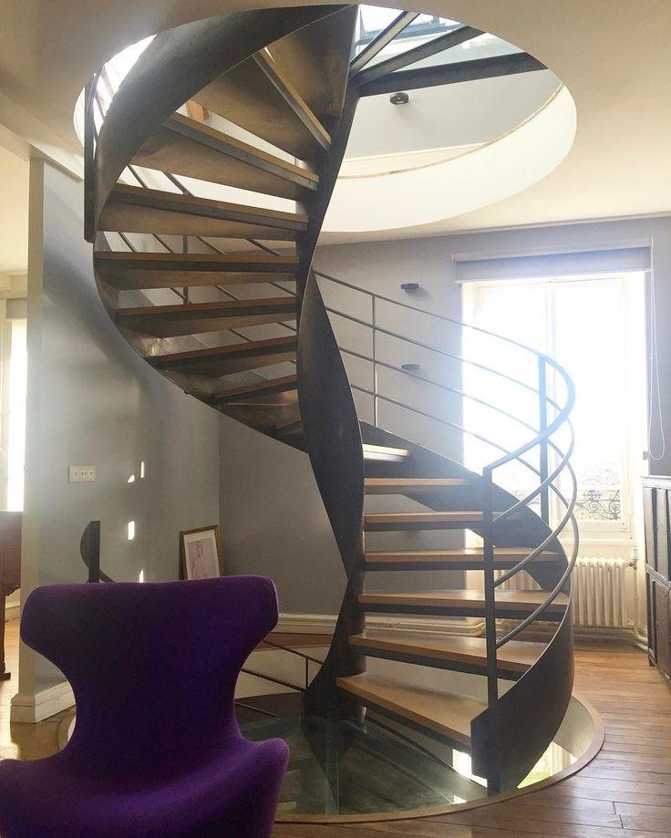 les 305 meilleures images du tableau un escalier en acier. Black Bedroom Furniture Sets. Home Design Ideas