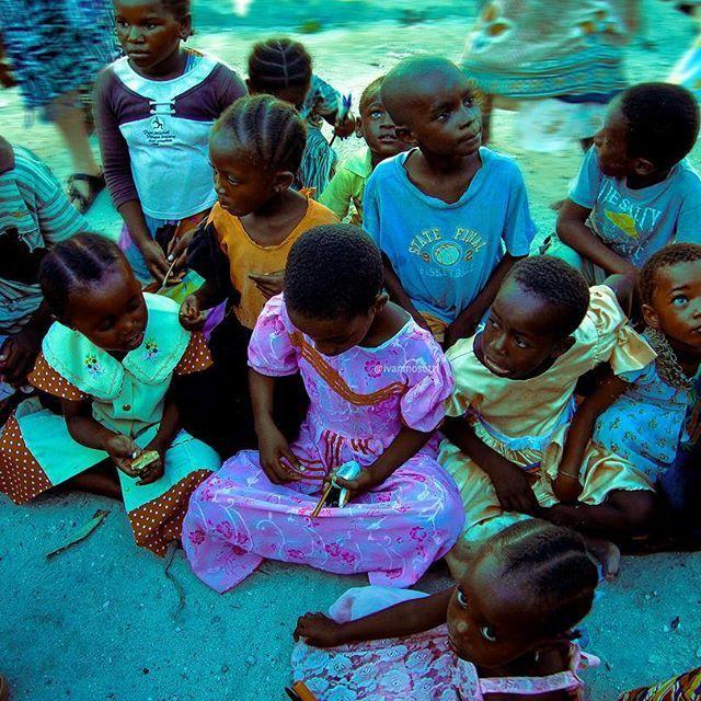 Loro ti danno speranza di vita senza averla! ❤ ••• Follow me on my personal account @ivanmosetti @damianodinuzzo ••• 📍: #Kenya #Africa 📸 : @ivanmosetti #me ••• Tag your photo with hashtag #IvanMosetti the most beautiful will be repost in this page Follow @ivanmosetti.travel for see how much it's beautiful the us earth Leggi il mio blog e le mie esperienze www.ivanmosetti.com (link in bio) ••• #travel #traveling #iof2k16 #vacation #visiting #instatravel #instago #instagood #trip #igtravel…