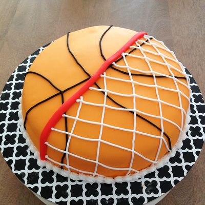 basketball birthday cake 25 best ideas about basketball cakes on 1511