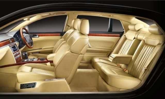 car interiors/ Volkswagen Phaeton