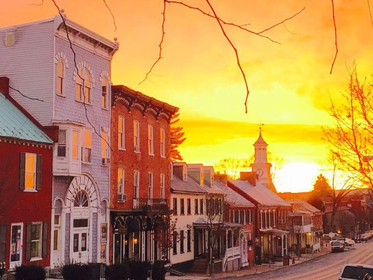 Check out all the things you can do and see in West Virginia's oldest towns.  Pinner says:  both of these are close to our cabin.