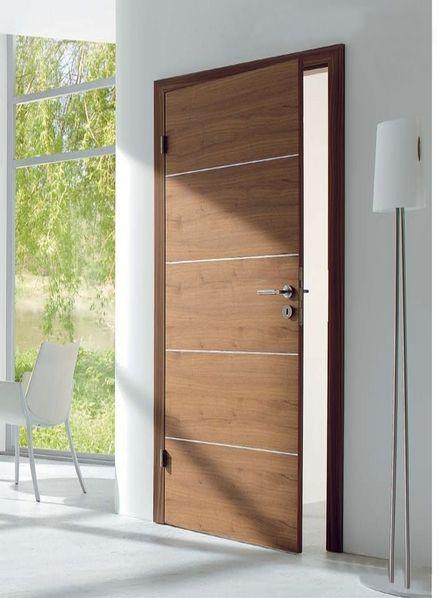 Fotos de puerta batiente estilo modernas con perfiles for Puertas talladas modernas