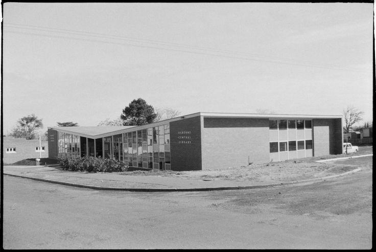 319429PD: Osborne Central Library, Tuart Hill, 1961 https://encore.slwa.wa.gov.au/iii/encore/record/C__Rb3430626