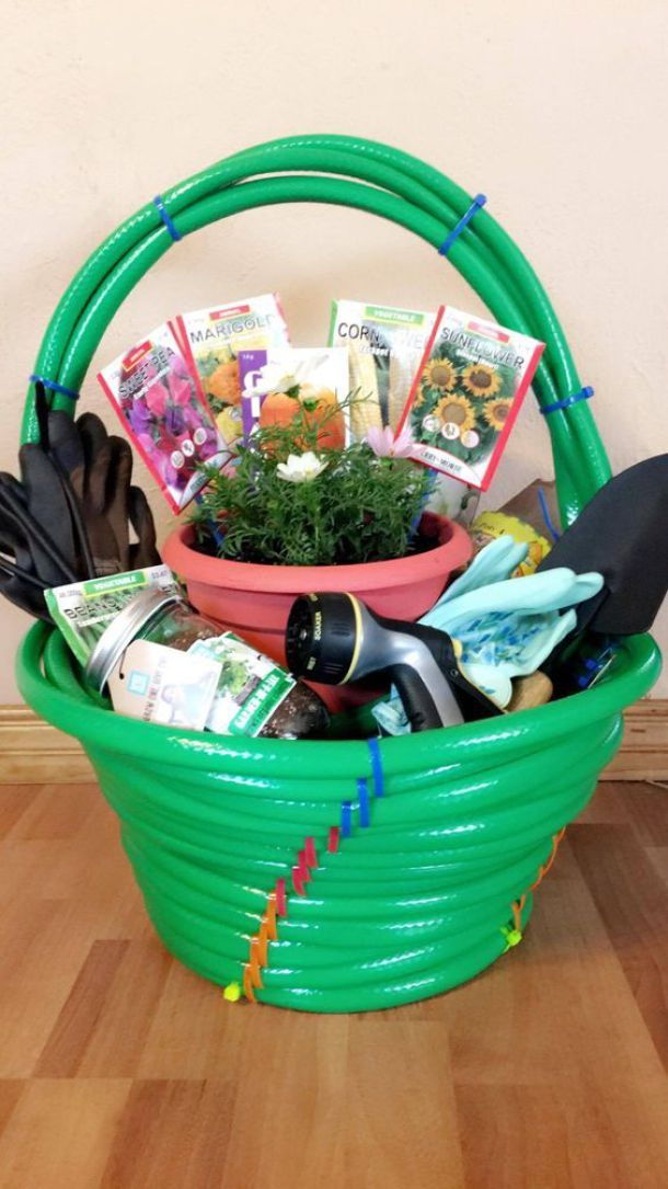 Cute idea for a Gardening Lover or New Homeowner Housewarming DIY Garden Gift! Make the basket itself from garden hoses - Do it Yourself Gift Baskets Ideas for All Occasions - Perfect for Christmas - Birthday or anytime -