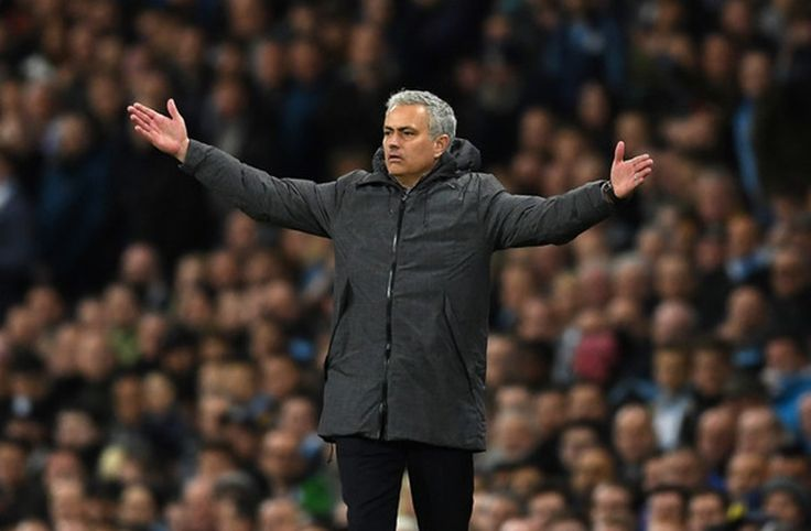 Man. United: Badai Cedera, Mourinho Siap 'Main' Lawan Swansea -  https://www.football5star.com/liga-inggris/man-united-badai-cedera-mourinho-siap-main-lawan-swansea/