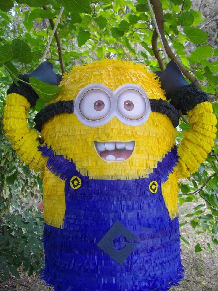 Minion, piñata hand made