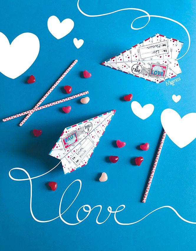 """Un avion en papier pour dire """"Je t'aime"""" et envoyer tout plein d'amour à sa maman chérie ou à son petit papa ou à son amoureux... Voilà une super(sonique) idée à imprimer vite, vite, vite ! pour fêter la Saint-Valentin, la fête des mères ou la fête des pères !"""
