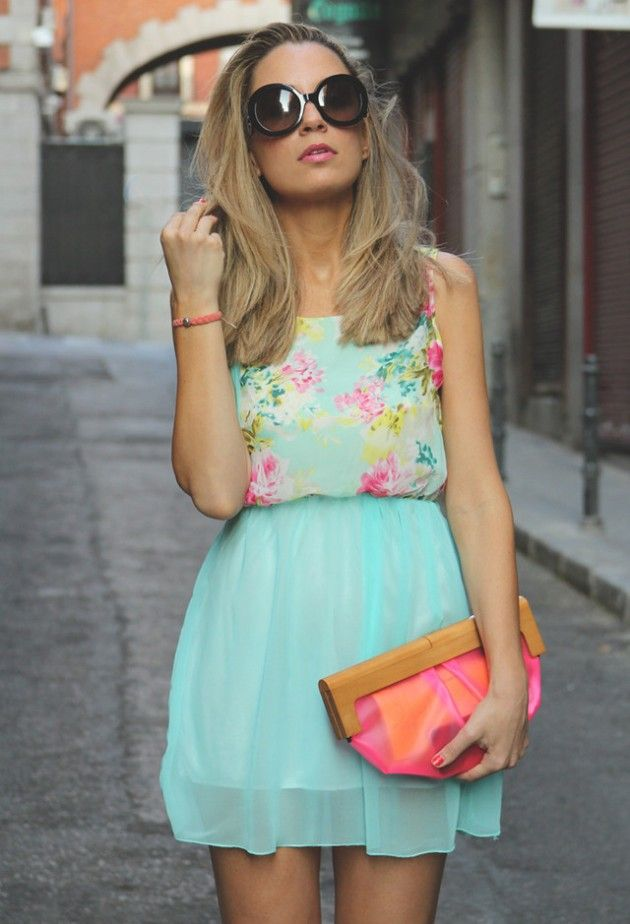 This season is all about bright colors from yellow, baby blue, pale pink, mint to metallic. They can make us feel cheerful and refreshing in the hot weather. Today, I'd like to show you 13 ways to wear the fresh mint outfit trends this summer! Generally speaking, we should pair the mint with other lighter[Read the Rest]