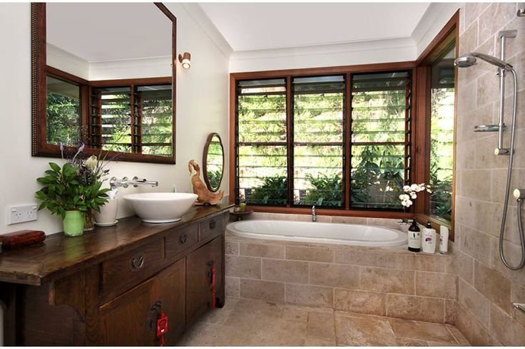 Love this bathroom. More outdoors than in!