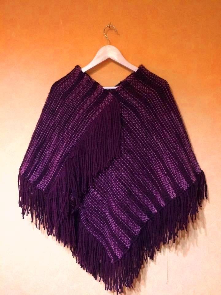 Poncho tejido en telar maria, 100% lana natural