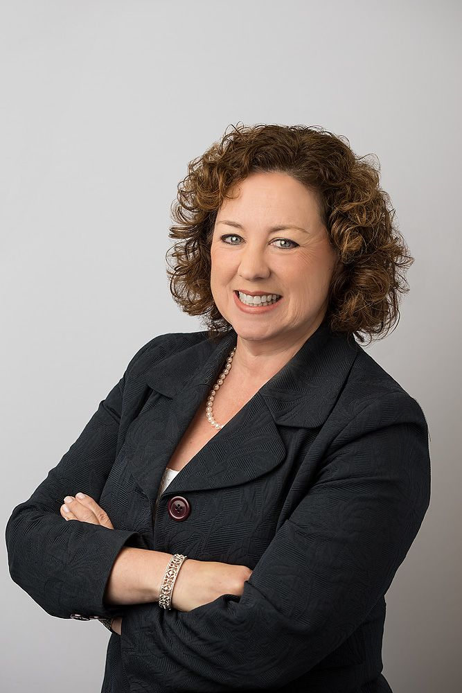 Former Chief Administrative Officer, Chief Compliance Officer, Corporate Secretary and Chief Legal Counsel for public and private companies with responsibility to legal, environmental, health, safety, human resources, employee benefits, governance, facilities management, internal audit, marketing and public relations. Known for practical and fair approach to problem solving.