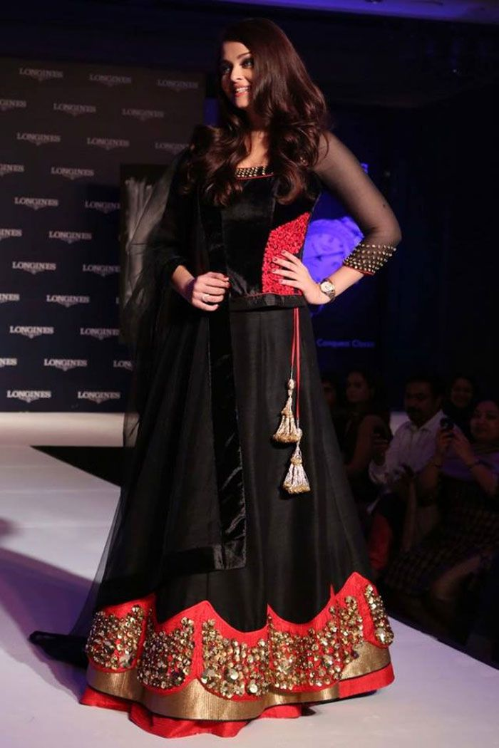 Aishwarya Rai Bachchan was magical in a Jade black velvet lehenga at the unveiling of the new range of watch brand Longines in Dubai recently.