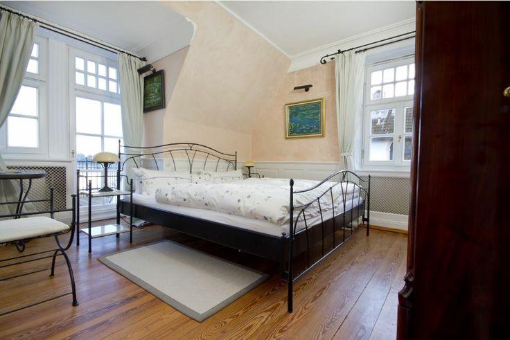 Die Villa Martha hat acht liebevoll eingerichtete Zimmer. www.villa-martha.de