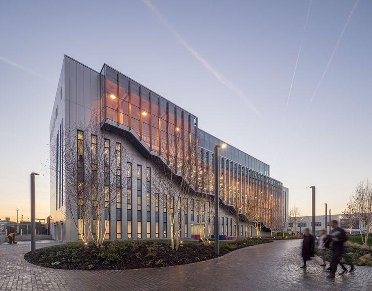 ALUCOBOND  (Projectreferentie) - BSKYB Believe in Better Building