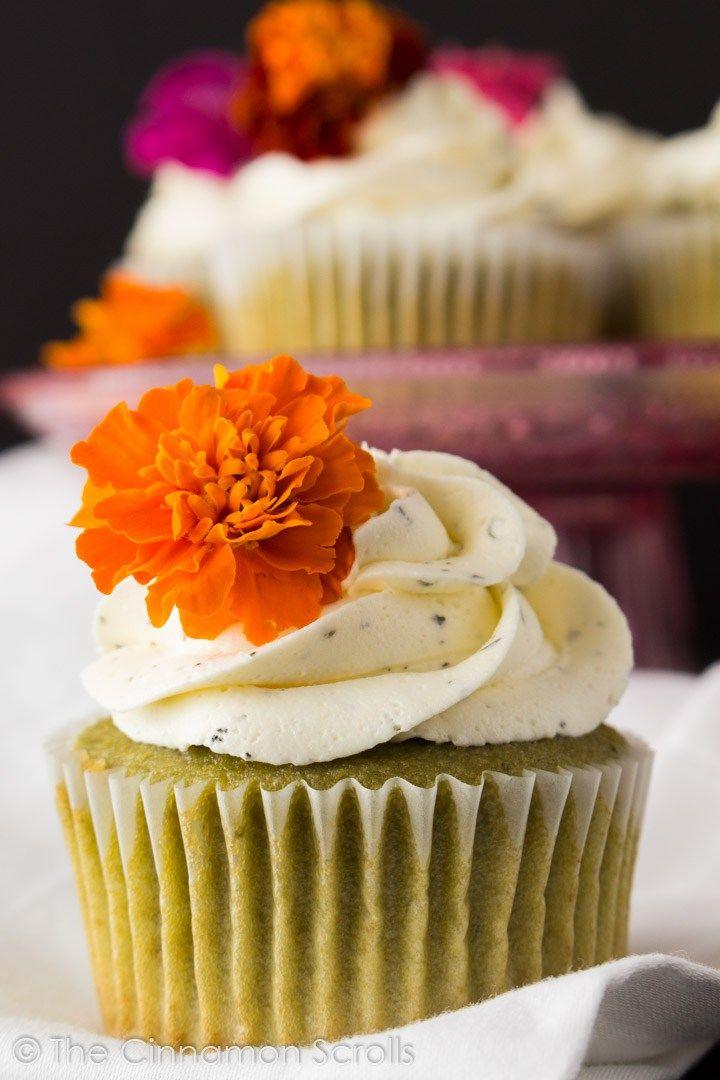 Matcha Cupcakes with Jasmine Buttercream | thecinnamonscrolls.com @cinnamonscribe
