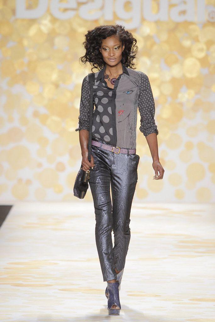 http://www.catbibi.com/fr/desigual/12352-chemise-romula.html#primary_block