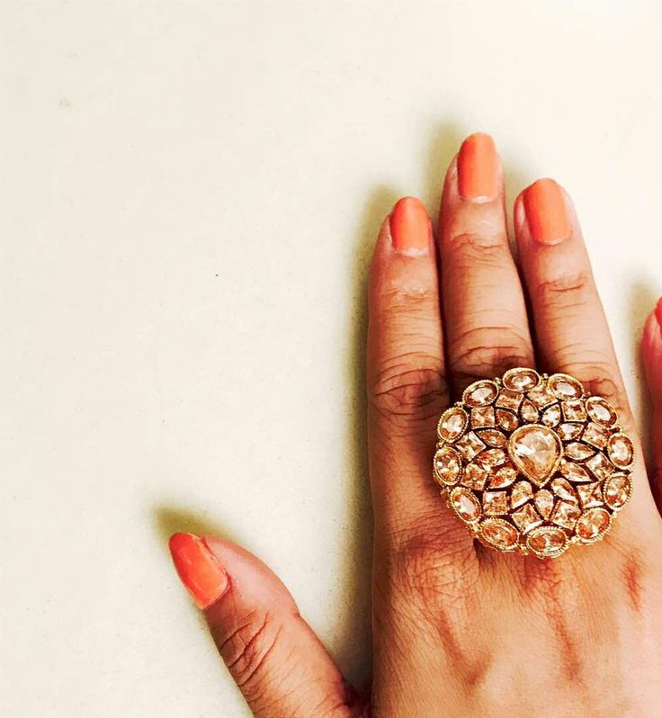😍NEW IN 😍Modish and fine cocktail ring.  DM for enquiries. #Vaidaan #vaidaanjewellery #jewelry #handmade #rings #cocktailring #goldentoned #golden #accessories  #design #fashion #bride #fashion #trends #fashionjewelry #wedding #bridal
