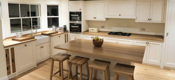 Деревянная столешница: выбор материалов, монтаж, уход