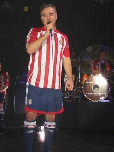 Morrissey(+ band) wearing full Chivas uniform on recent California tour!!!
