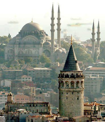 Galata Tower, Istanbul (via gazwanmasri) Istanbul , Turkey