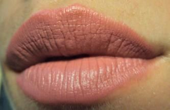Makeup by Dyna: NYX matte lipstick in MLS09 Natural