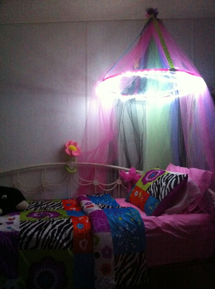 1000 images about diy princess bed canopy on pinterest. Black Bedroom Furniture Sets. Home Design Ideas