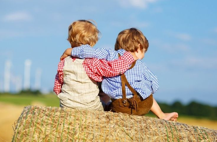 Δυο φίλοι και δυο μηνύματα: Μια ιστορία που εξηγεί ακριβώς τι σημαίνει πραγματική φιλία.