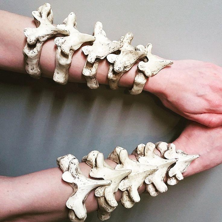 Wear the vertebrae of your fallen enemies. - http://noveltystreet.com/item/19415/