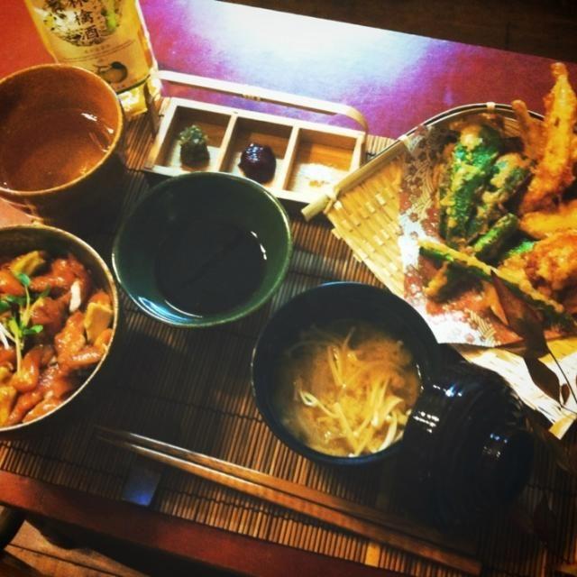 天麩羅(わかさぎ、海老、アスパラ、ピーマン)、サーモンアボカド丼、えのきと玉ねぎの味噌汁 - 97件のもぐもぐ - わかさぎの天麩羅定食 by mintlitchi00