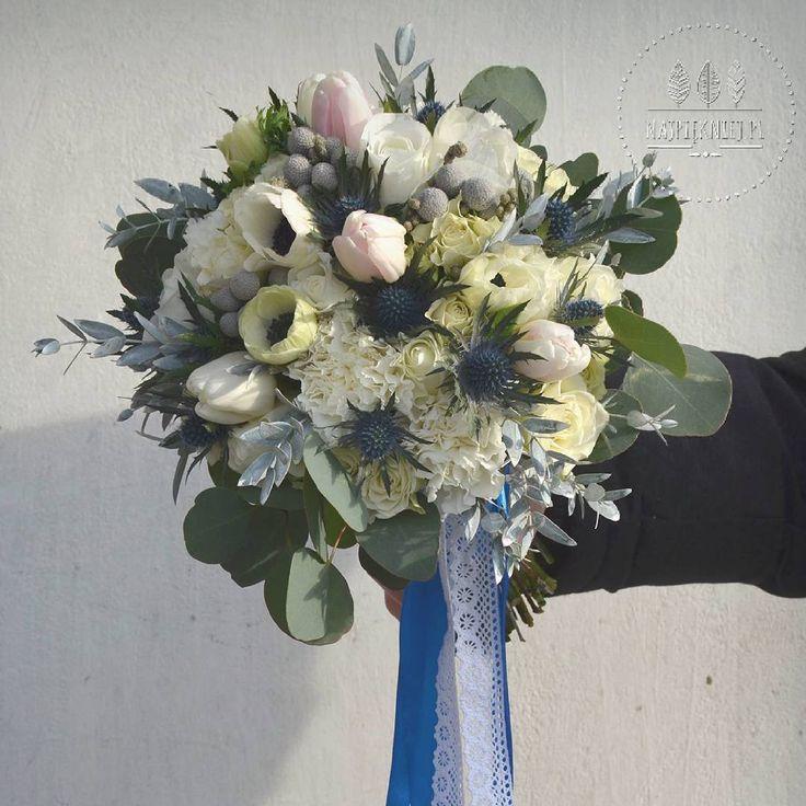 Wiosenno-zimowy bukiet Pauliny 💜💐  #wedding  #wesele #slub #bouquet #bukiet #bukietslubny #dekoracje #winter #zima #blue #ecru #white #rose #eucalyptus #green #grey  #love #nature #inspiration #january #decoration #withlove  #flowers  #kwiaty #instagood #beauty #photoftheday #followme #ilovemywork