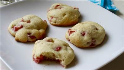 Sour Cream Rhubarb Cookies