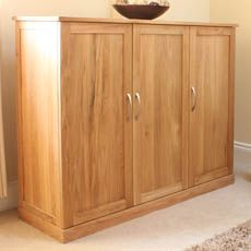 mobel oak extra large shoe cupboard closet pinterest shoes baumhaus mobel solid oak extra large shoe