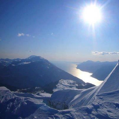 Hiking above Lake Garda | Sunny day
