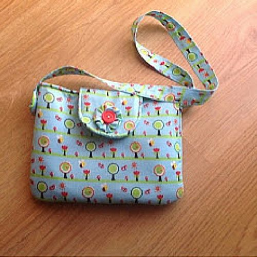 Little Girl Purse with Flap | AllFreeSewing.com