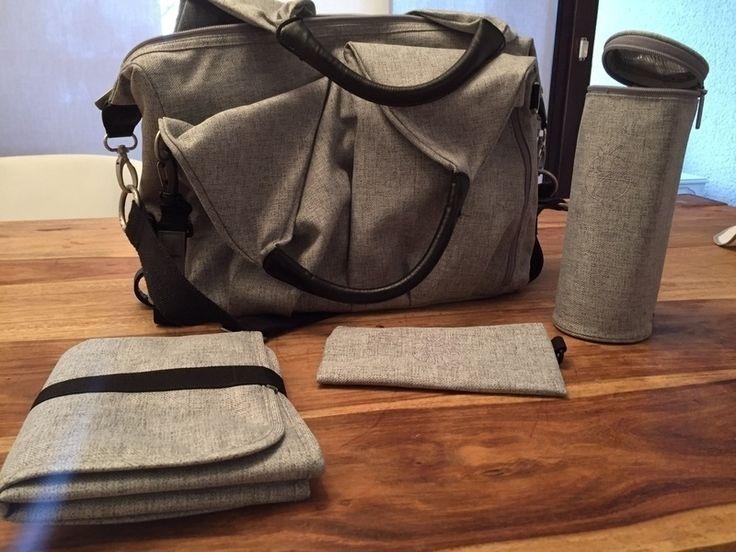 Ich verkaufe meine sehr gut erhaltene, vollständige Lässig Wickeltasche. Inklusive Wickelunterlage isolierter Fläschchenha...