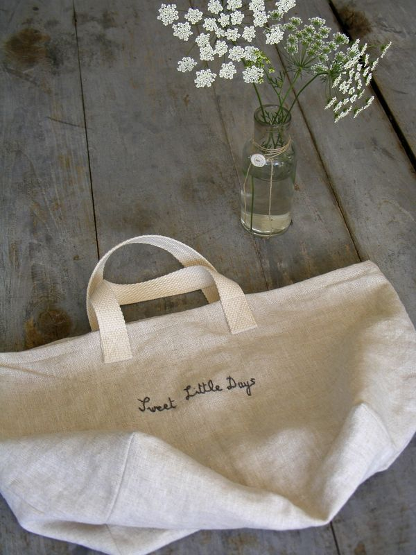 /Product inspiration/ /Category: Brand, Home,Zakka/ /Material: Fabric, Prints/   Tote inspiration